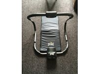 Everlast Ab Roller and Mat