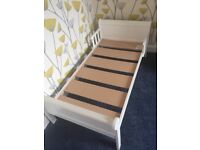 Toddler's bed and wardrobe ex condition