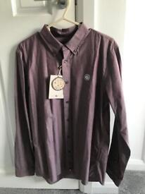 Men's pretty green shirt medium new