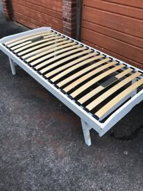 Single Bed Solid white