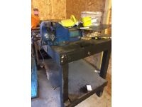 Garage table with vise