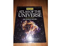 Atlas of the universe sir patrick moore hard back very good condition rrp £25