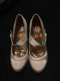 Ivory bridal heels size 5