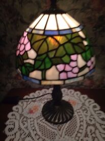 glass tiffany style table lamp