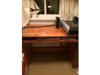 Computer table pine