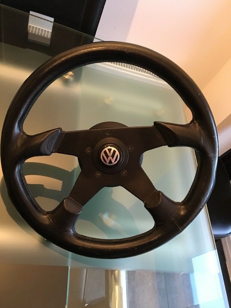Raid victor steering wheel and boss for Mk2 golf