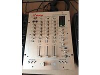 Vestax PCV-275 Mixer