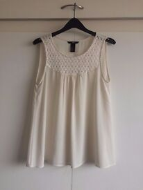 CREAM H&M SIZE 8 CHIFFON BLOUSE WITH LACE INSERT- £8