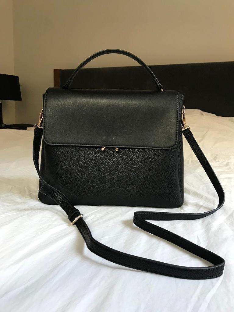 074cd2c2 Beautiful black Mango handbag | in City of London, London | Gumtree