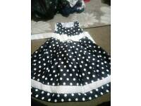 Gorgeous girls dress size 3-4 years