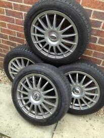 Mini Wheels with winter tyres