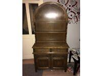 Solid oak dresser in good condition