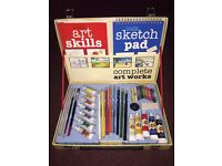 BRAND NEW COMPLETE ART WORK SET WITH SKETCH PAD AND ART SKILLS