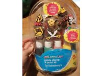 Get Creative pirate stamp & paint kit