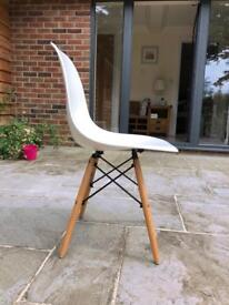 4 dining chairs (£60 for the set)