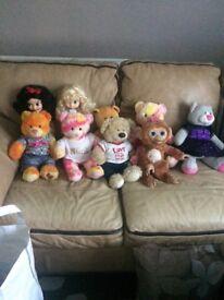 Bag of teddies ( includes 5 x build-a-bears)