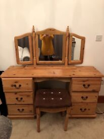 Solid wood dressing table,including 6 draws, mirror and matching stall
