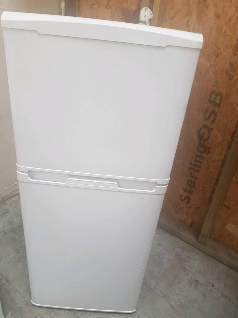 +CURRYS 3 4 SIZE FRIDGE FREEZER  FreeLOCAL Delivery FULLY  SERVICE+WARRANTY+CLEAN+WORKING IN GOOD 3c398470d