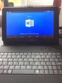 Portable Android Quadcore Tablet with free keyboard and protective cover