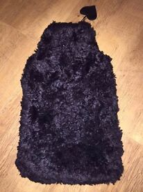 Black hand warmer