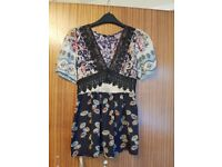 2 Ladies tops – size 10 – never been worn – EXCELLENT CONDITION from Oasis & New Look - £10