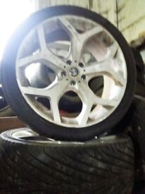 Set of bmw x5 & x6 wheels and tyres.
