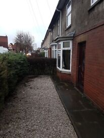 3 bed semi detached house for rent, Somercotes, Alfreton.