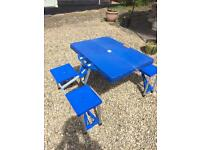 Picnic table and 4 seats fully collapses