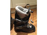 Ladies ski boots size 24.5