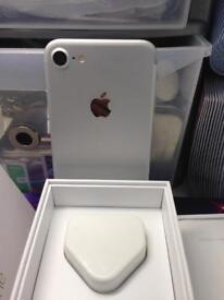 Mint condition Apple iPhone 7 32gb unlock £290