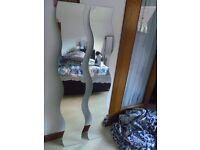 Freestanding/wall mounted wavy mirrors