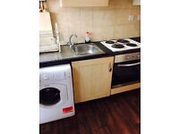 including all bills - massive studio flat in Leyton - call now on 07902410267