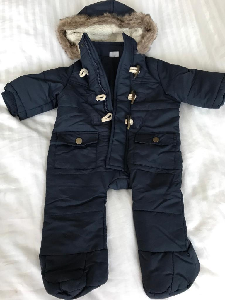New born snowsuit up to 3 months