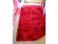 RED RUG lovely and fluffy, great size for any room