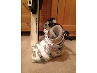 Rossignol matching skis and boots size 5 excellent condition