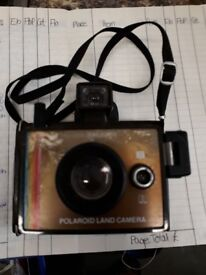 Polaroid Land Camera - Collectible Vintage