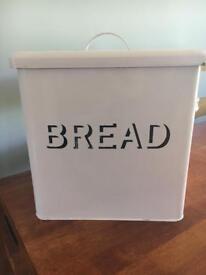 Shabby chic style pink metal bread bin