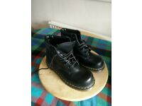 Dr Marten Black Safety Boots size 6