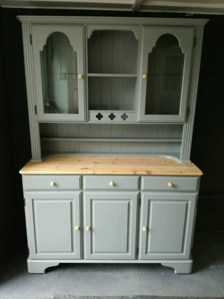 Stunning Ducal Pine Farmhouse Welsh Dresser Sideboard Cabinet Kitchen Cupboard
