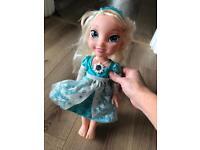 Disney Frozen Elsa singing light up doll speaks English/Spanish