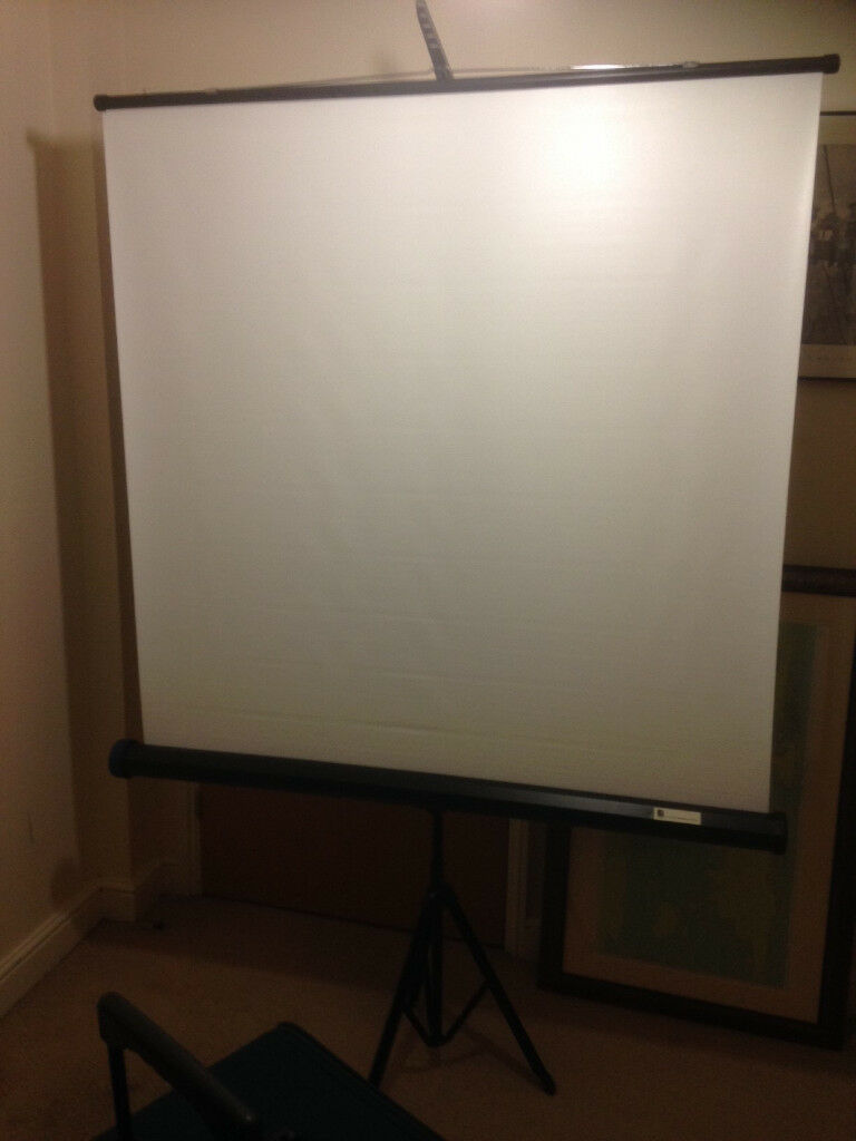 tripod projector screen Acco presentation portable