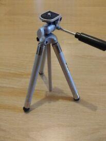 Mini camera tripod very good condition