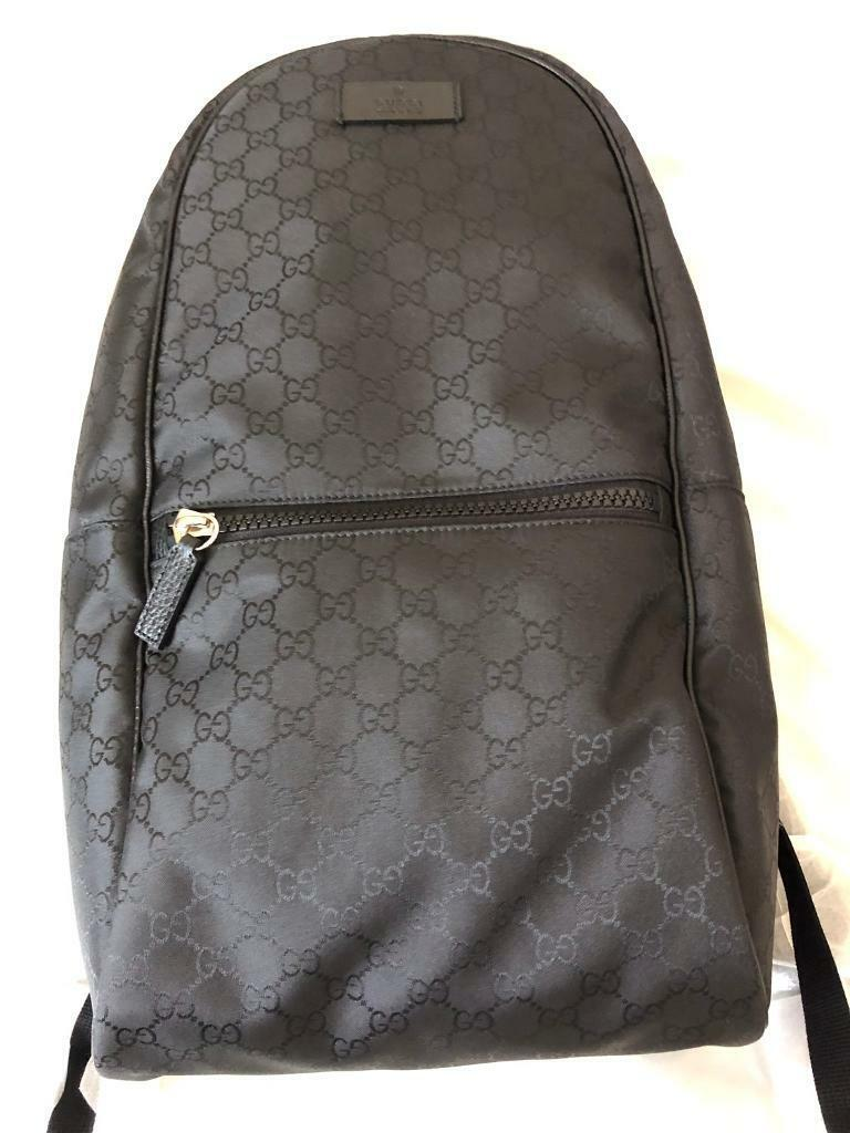 60439190ca95 Brand New Genuine Gucci GG Supreme Backpack For Men And Women Unisex - ON  SALE!!