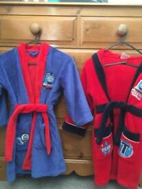 2 boys Thomas the Tank Engine Dressing Gowns aged 4-5