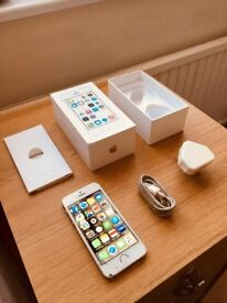 Iphone 5s , Gold, 16gb , Bargain