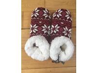Women's Brand New Fat Face slippers- med