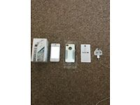 iphone 4s White 16GB on EE ( immaculate condition)