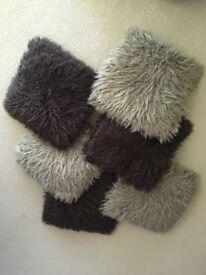 Cushions x6