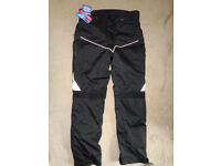 """LEATHER DIRECT Black Motorcycle Trousers 38""""W, 33""""L *BNWT"""