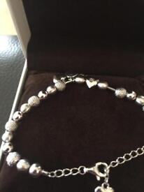 Hot diamonds bracelet 925